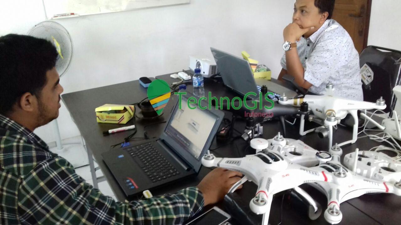 pelatihan pemetaan menggunakan drone technogis indonesia 2018 5