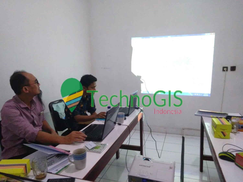 pelatihan gis tingkat lanjut maret 2018 technogis indonesia